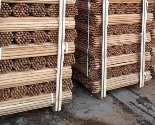 postes acacia redondeados