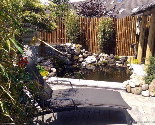 decorar con bambú un estanque